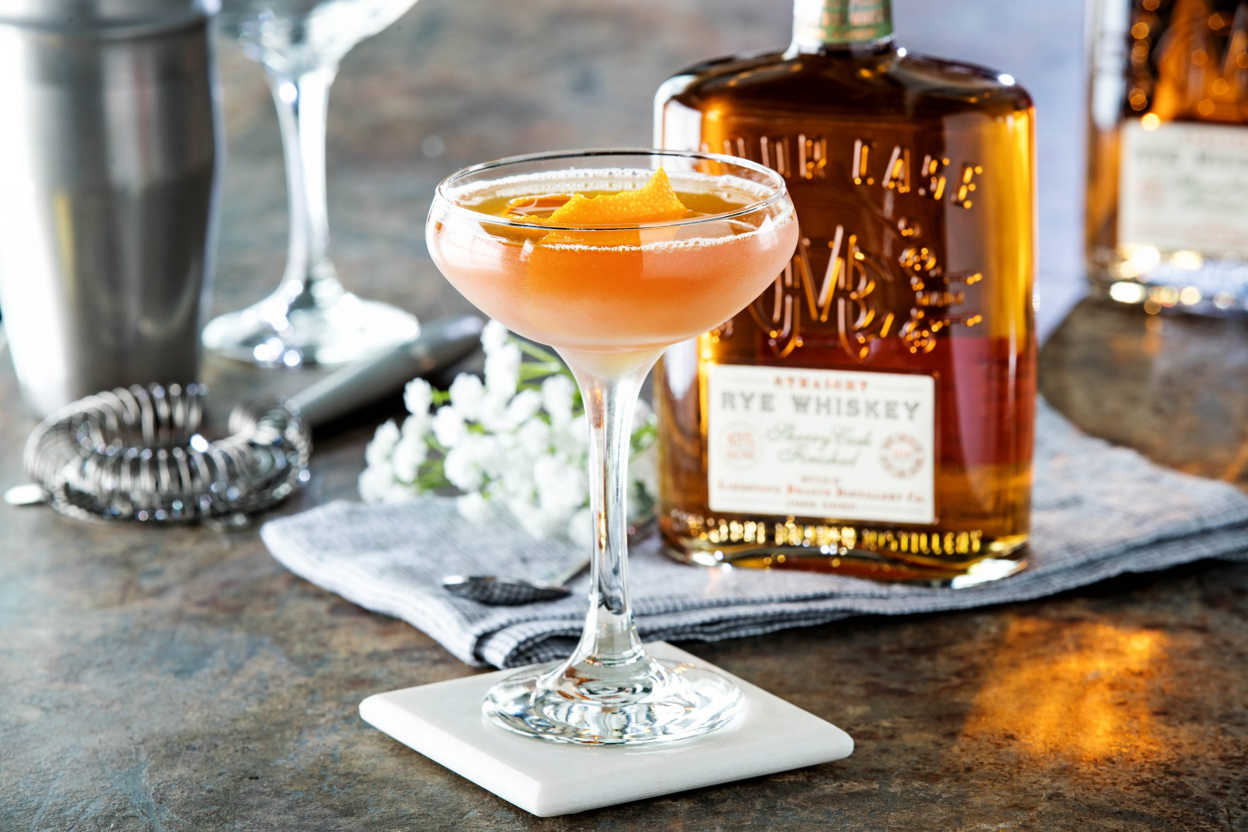 3 Rye Whiskey Manhattan Cocktails to Try Now